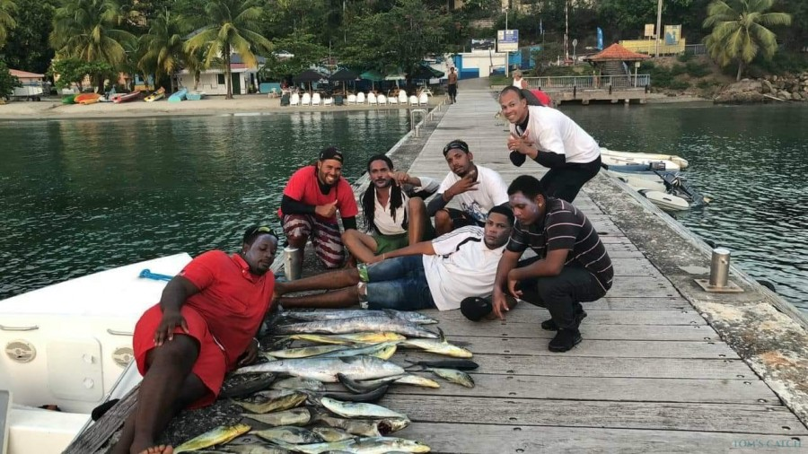 Charter de pesca Amélia 2
