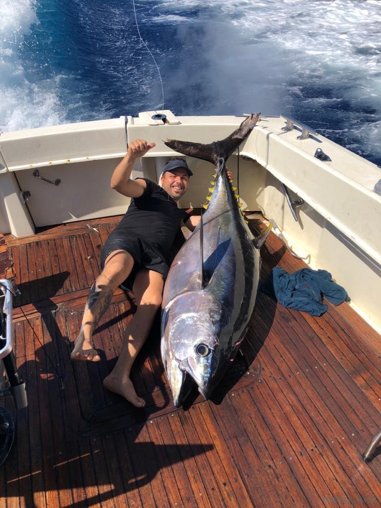 Charter de pesca Belduca