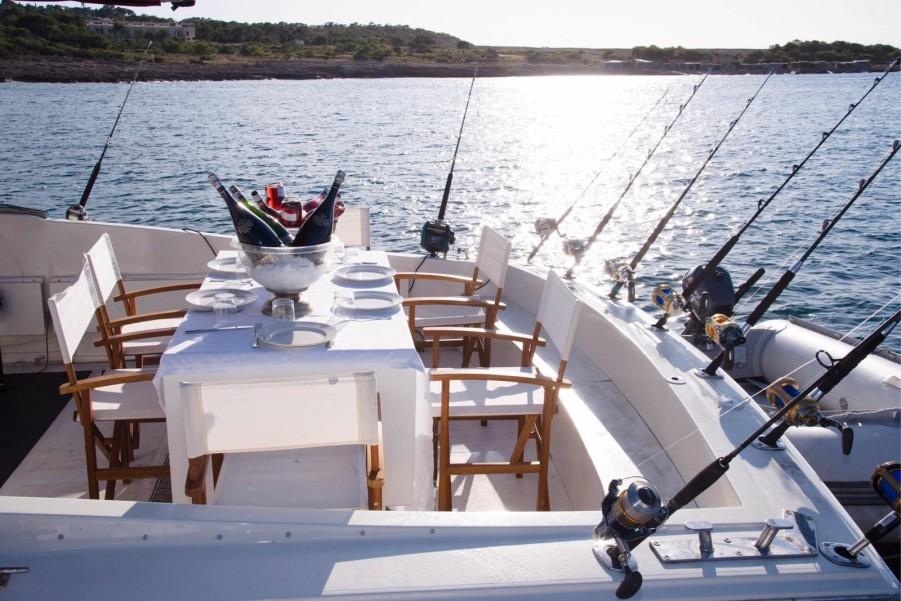 Charter de pesca Blue