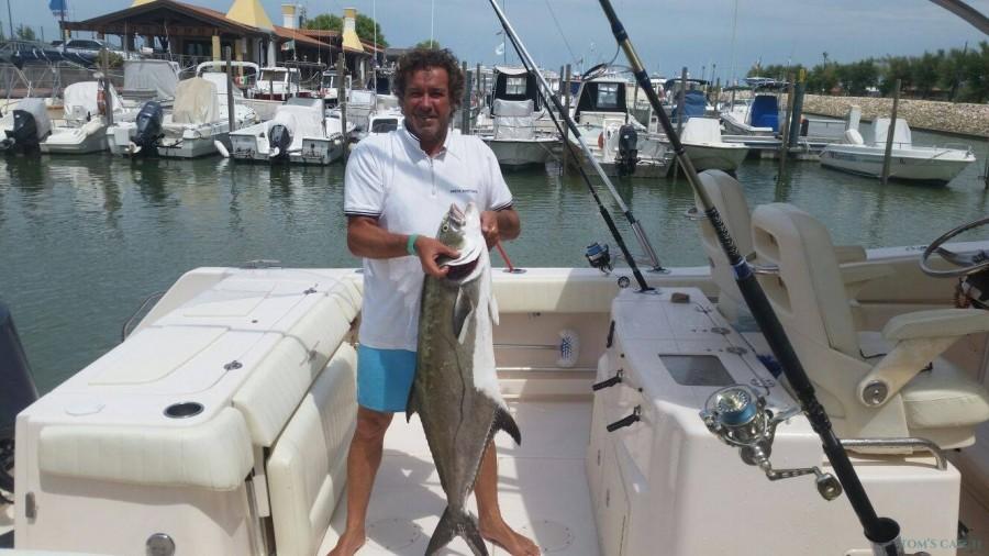 Charter de pesca Gloria