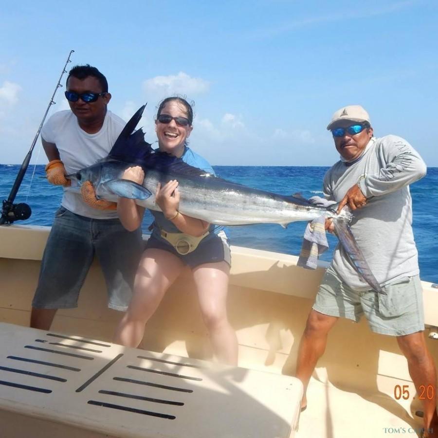 Charter de pesca Manetto