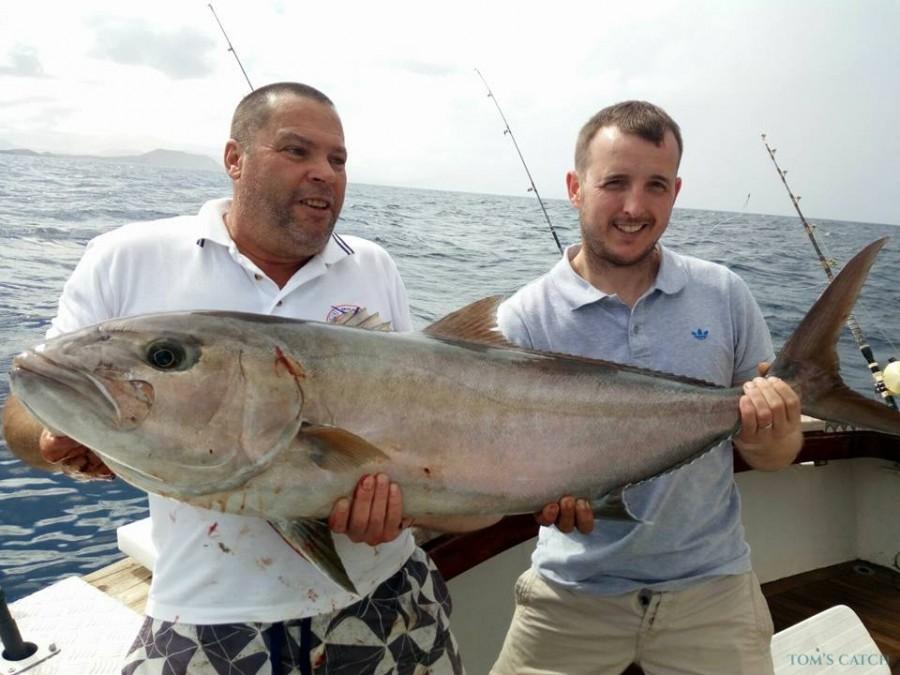 Charter de pesca Mizu