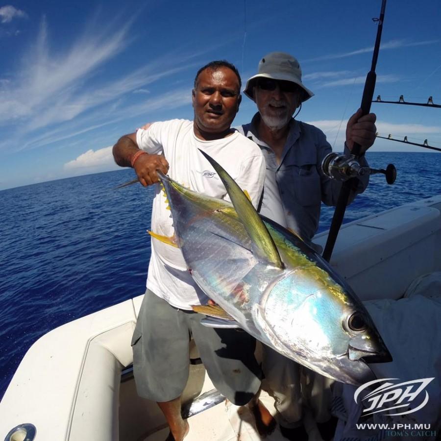 Charter de pesca Moana 3