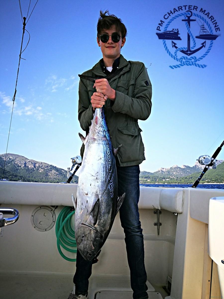 Charter de pesca Mystic