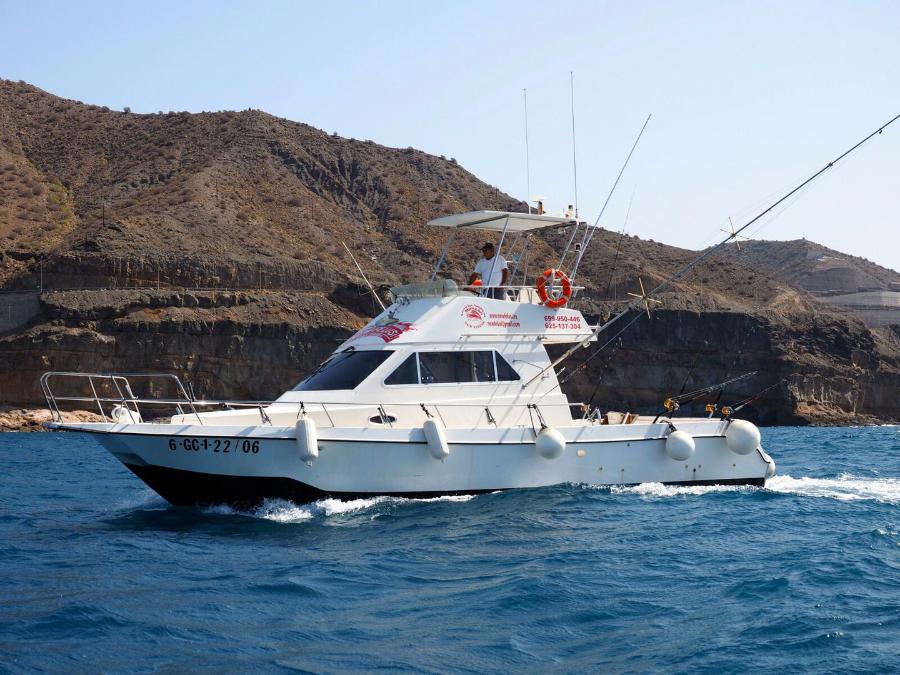Charter de pesca New Felusi
