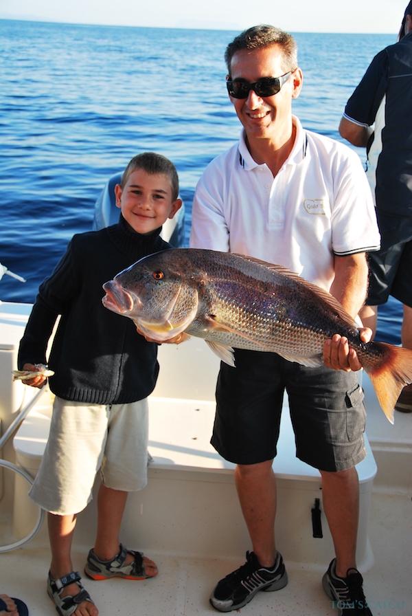 Charter de pesca Pursuit 2570 Offshore