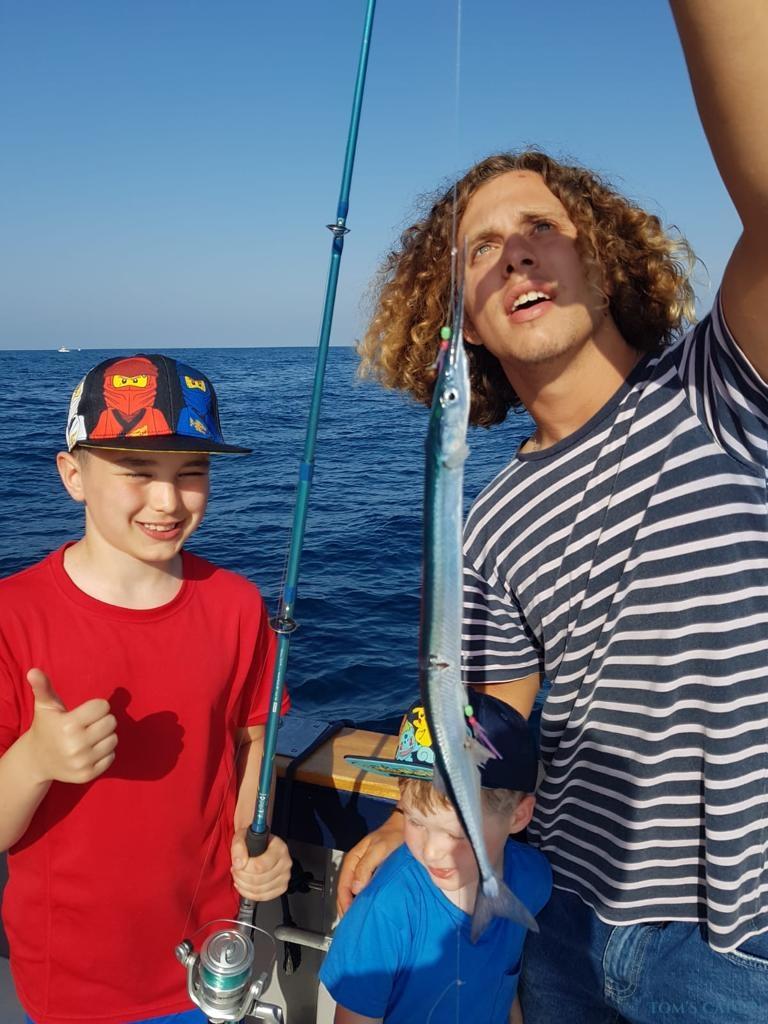 Charter de pesca Sama