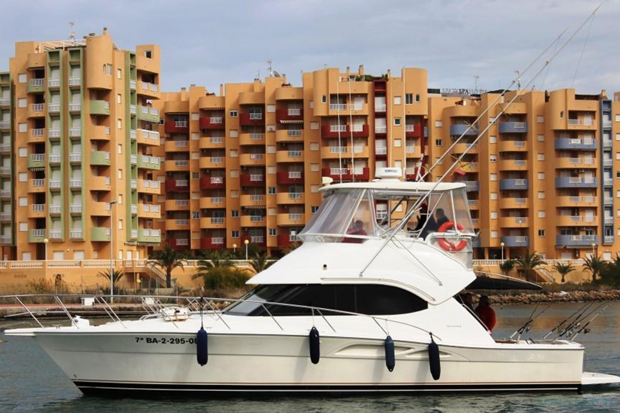 Charter de pesca Santa Cruz Riviera 40
