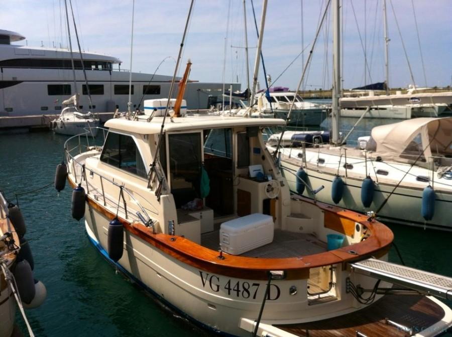 Charter de pesca Sciallino 34