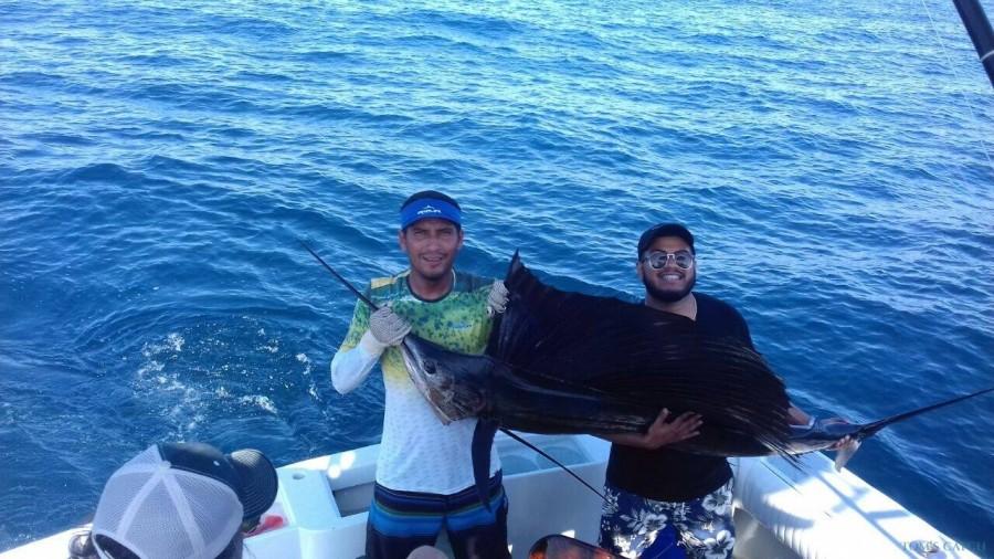 Fishing Charter Riviera 44 FT