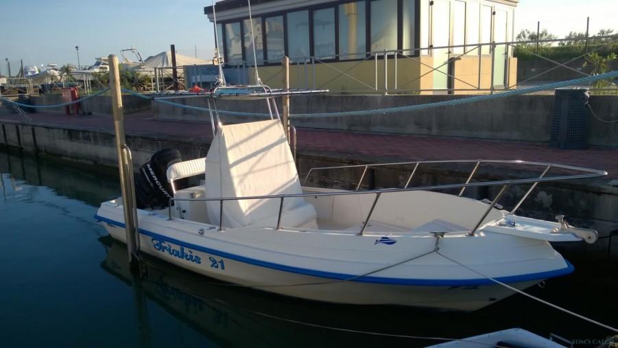 Fishing Charter Triakis 21