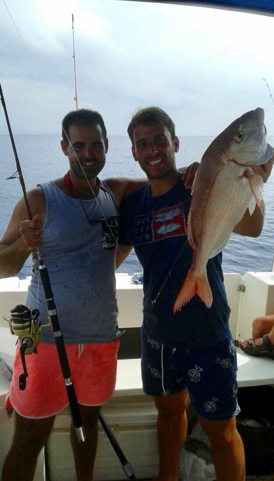 Charter de pêche Frana