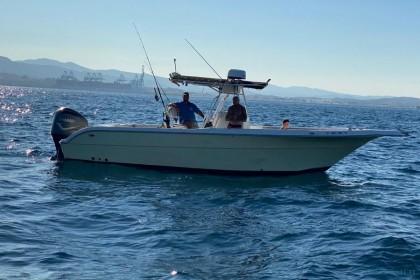 Pursuit Centre Console Gibraltar pêche