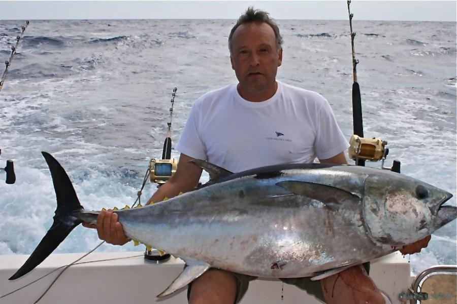 Charter de pêche Santa Cruz Riviera 40