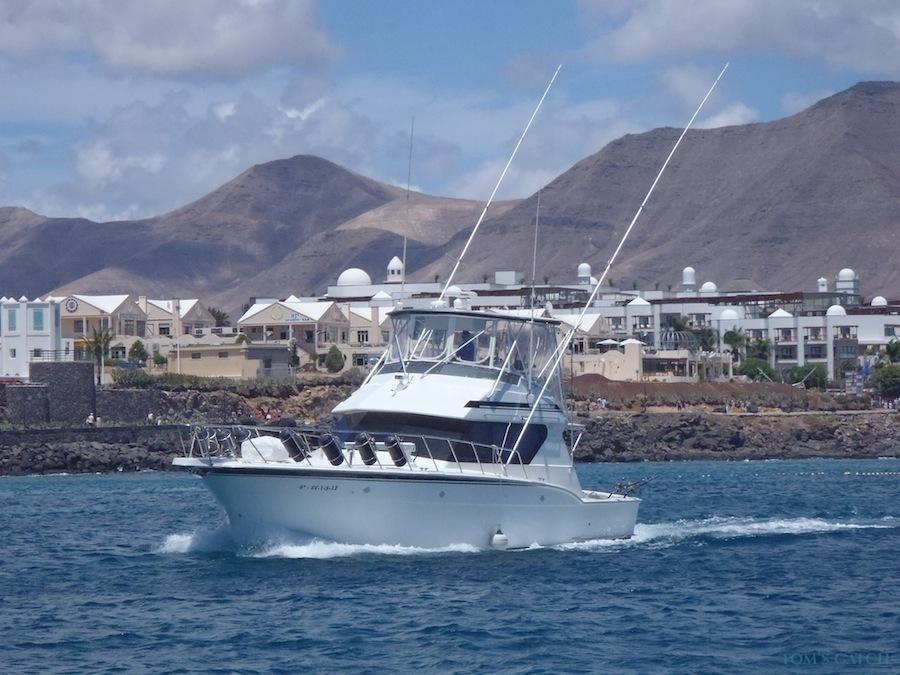 Charters Aura Marina